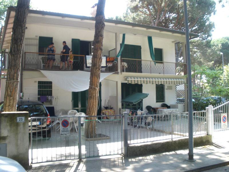 CANALETTO 25 *** GOLD Affittasi al Lido di Spina villa