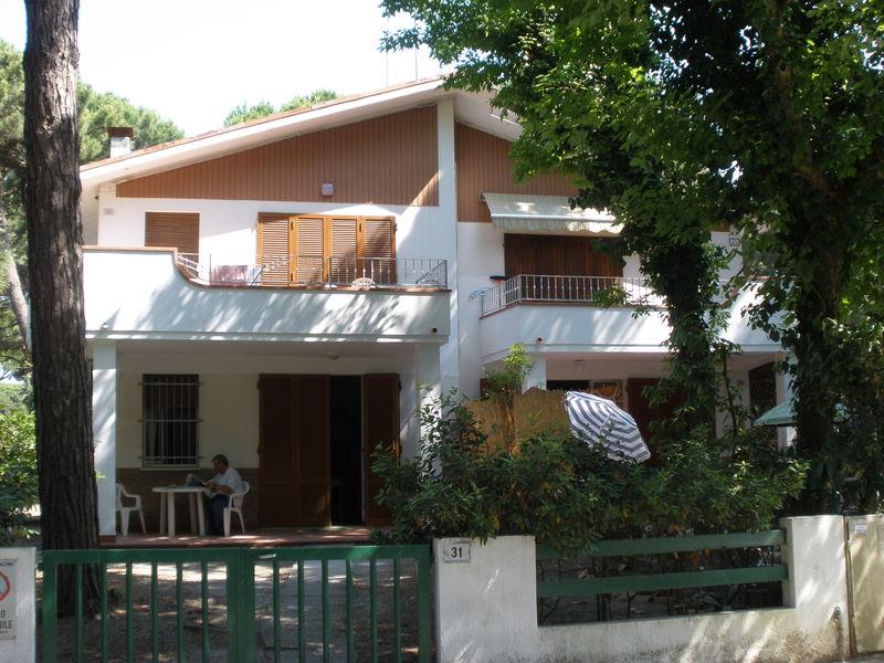 PERUGINO 29 *** SILVER LIDO DI SPINA  AFFITTASI villa trilocale al I° piano -