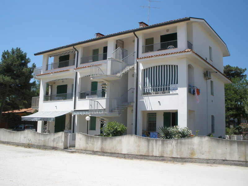 PANORAMA II/3 *** GOLD fronte mare  ,lido di spina, affittasi appartamento trilocale  residence
