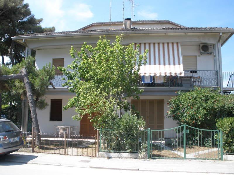 MESSINA 75 *** SILVER Affitto villa trilocale sul mare al Lido di Spina -